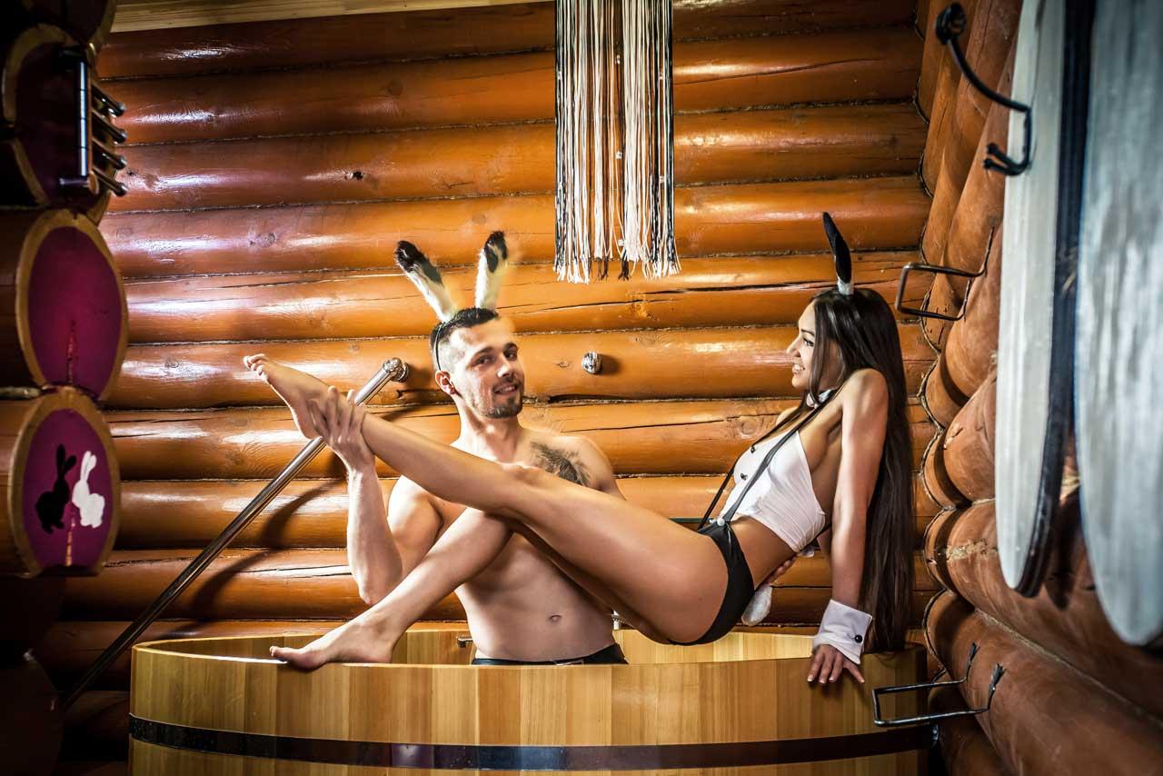 Порно в бане и сауне.